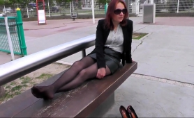 sensual-amateur-mom-flaunts-her-sexy-legs-and-lovely-feet
