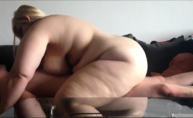 chunky-babe-loves-to-suck-hard-meat-and-to-get-rammed-deep