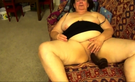 fat-amateur-granny-blows-a-dick-and-fucks-herself-with-a-toy