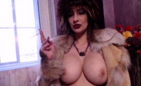 seductive-russian-milf-puts-her-marvelous-curves-on-display