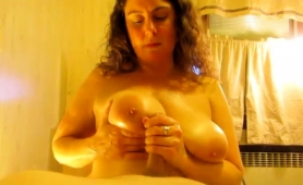stacked-amateur-wife-shows-off-her-handjob-and-titjob-skills