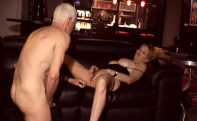 voluptuous-amateur-wife-gets-her-holes-fingered-and-devoured